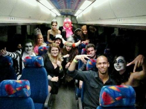 halloween, costumi halloween vip, halloween 2011 star, travestimenti halloween star, heidi klum halloween, zac efron halloween, miley cyrus travestimento