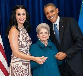 katy perry, presidente obama, barack obama, rielezione obama, campagna obama katy perry, nonna hudson, part of me
