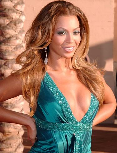 Beyonce Si E Rifatta Le Tette