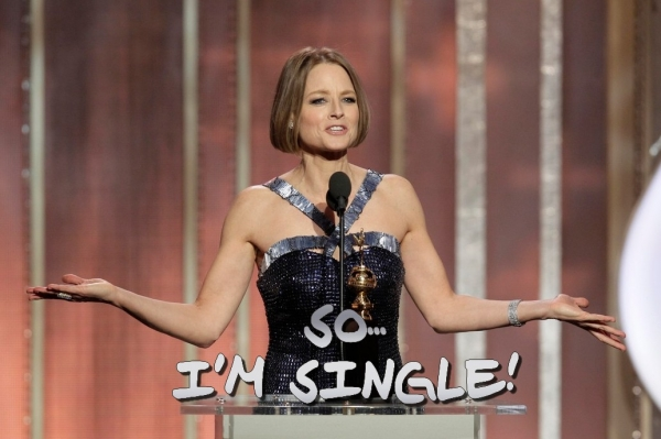 jodie foster, evelyn almond, cydney bernard, gay, coming out, jodie foster gay, famiglia, mamma, figli, golden globes 2013, robert downey jr, mel gibson, coppia gay