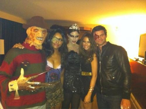 halloween, costumi halloween vip, halloween 2011 star, travestimenti halloween star, heidi klum halloween, zac efron halloween, miley cyrus travestimento, the vampire diaries halloween, travestimenti halloween cast tvd