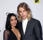 "LOS ANGELES, CA - DECEMBER 04:  Actors Vanessa Hudgens (L) and Austin Butler attend the premiere of MTV's ""The Shannara Chronicles"" at iPic Theaters on December 4, 2015 in Los Angeles, California.  (Photo by David Livingston/Getty Images)"